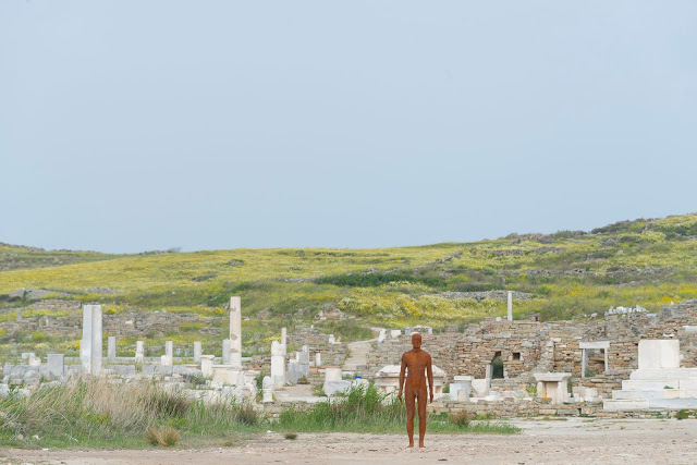 sight-antony-gormley-iron-sculpture-exhibition-delos-greece-island-installation_dezeen_1704_col_2