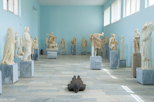 sight-antony-gormley-iron-sculpture-exhibition-delos-greece-island-installation_dezeen_1704_col_8