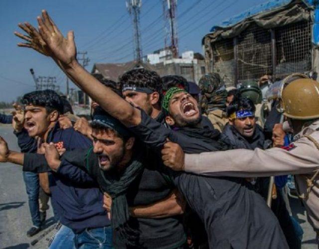6Dar_Yasin_AP_Kashmir-Endless-War_014