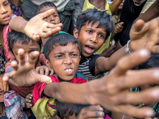 Needy-Refugees-DAR-YASIN-THE-ASSOCIATED-PRESS