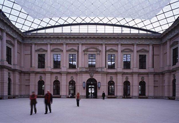 Deutsches_Historisches_Museum_Berlin_800_dpa_02