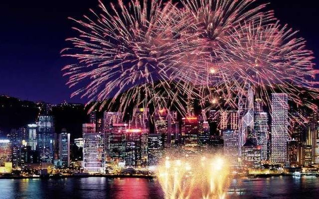 New-year-firework-in-Hong-Kong