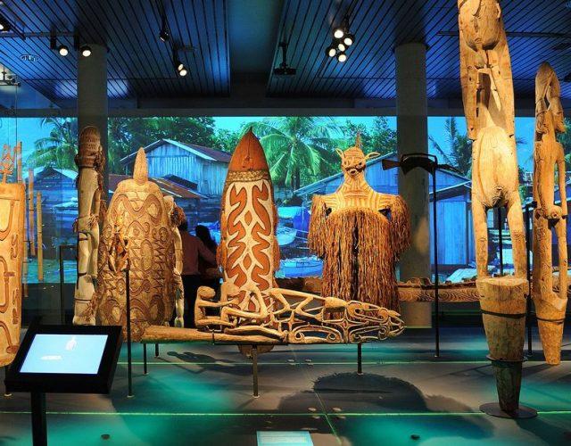 oceania_gallery_at_museum_volkenkunde_1