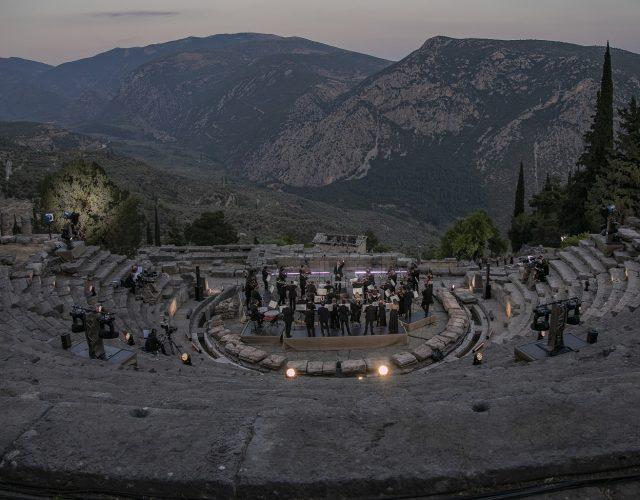 Currentzis_musicAeterna_Delphi_c_Andreas Simopoulos_1X4A3472- m